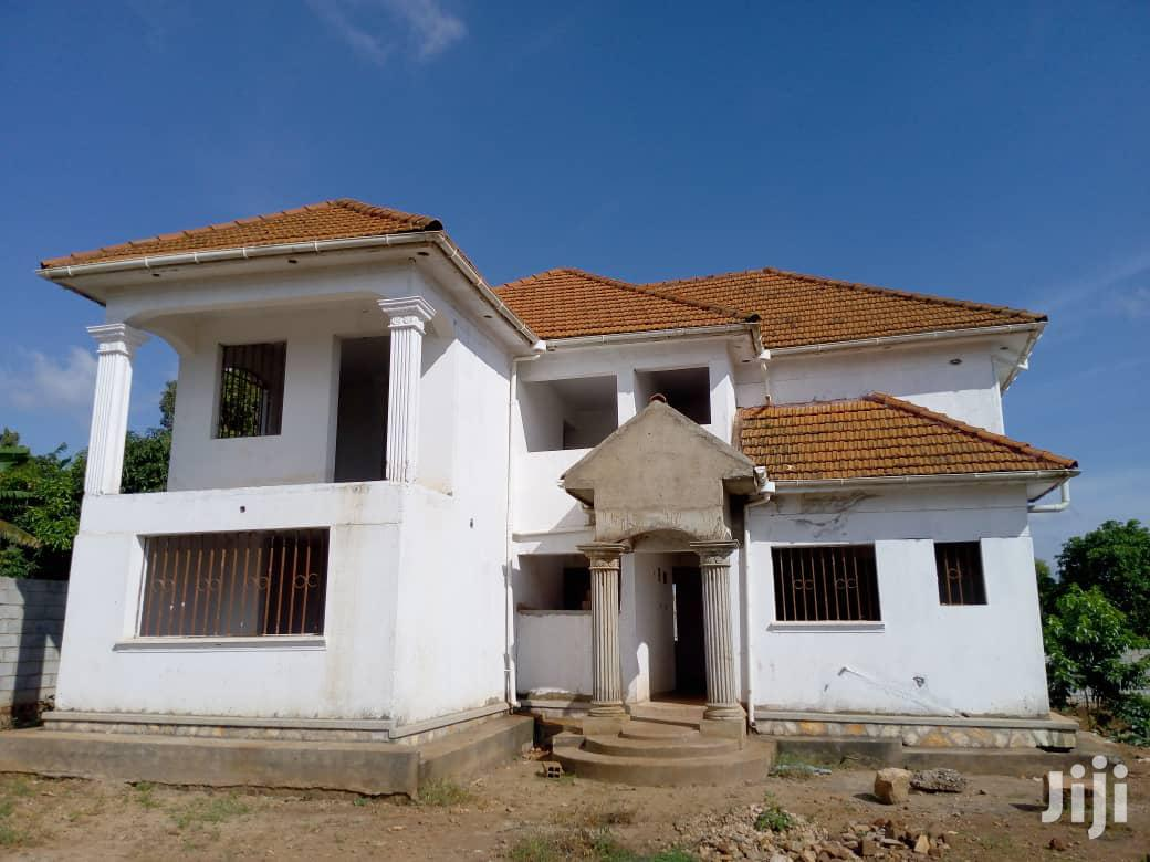 On Sale In Bweya Kajjansi Ebb Rd:5bedrooms,4bathrooms,On 34decimals | Houses & Apartments For Sale for sale in Kampala, Central Region, Uganda