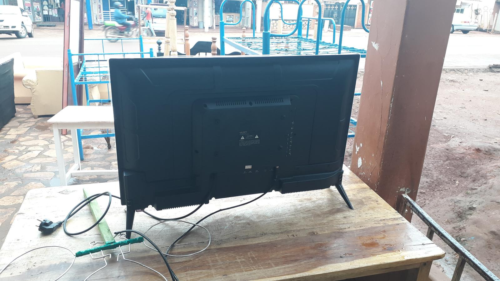 Archive: LG Flat Screen Tv 32 Inches