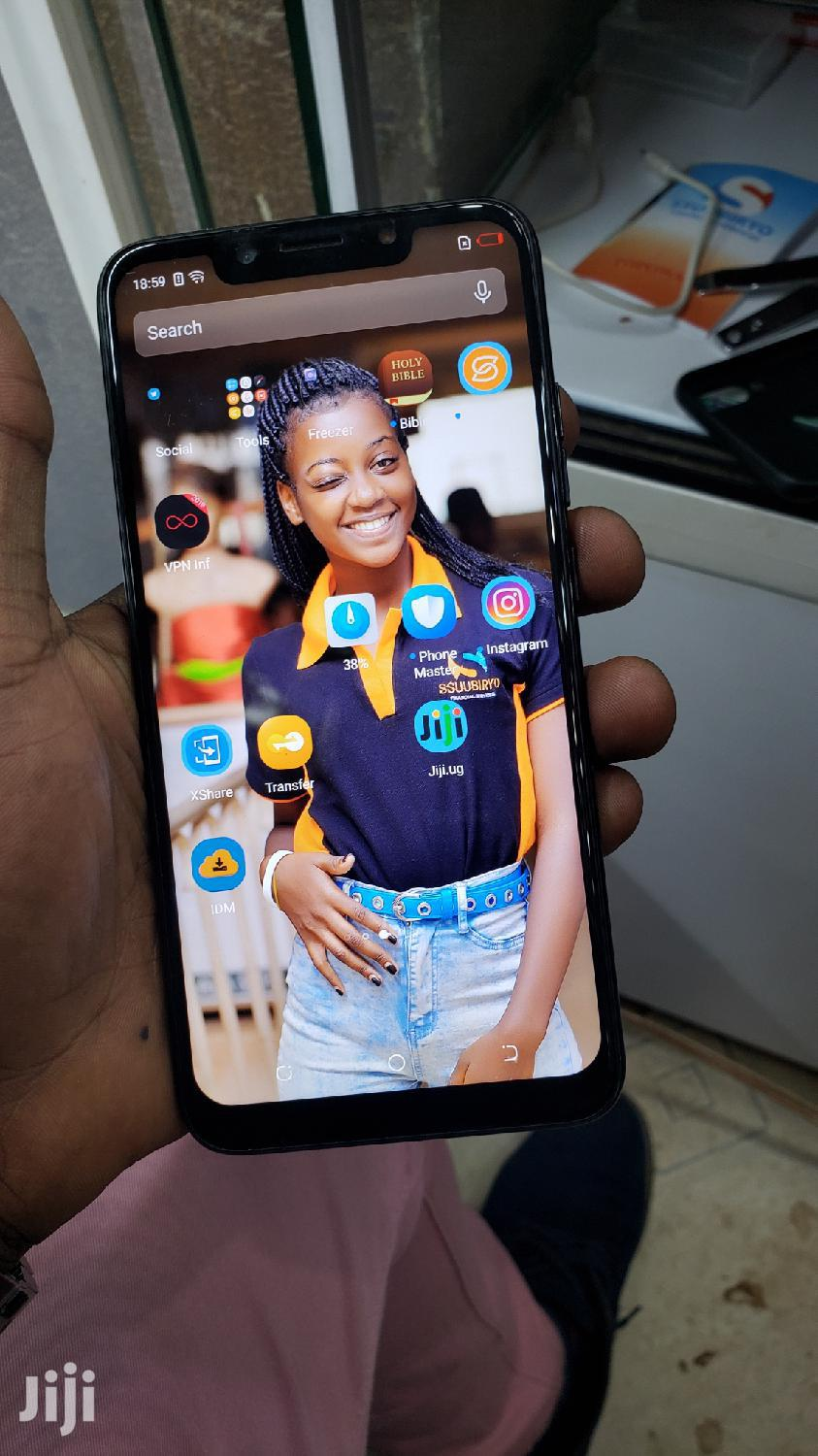 Archive: Tecno Camon 11 32 GB Black