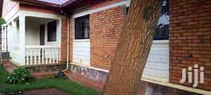 A 3 Bedroom Bungalow for Rent in Mbuya