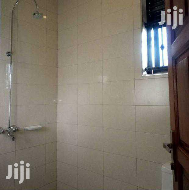 3bedroom House Self Contained For Rent In Kyaliwajjara In
