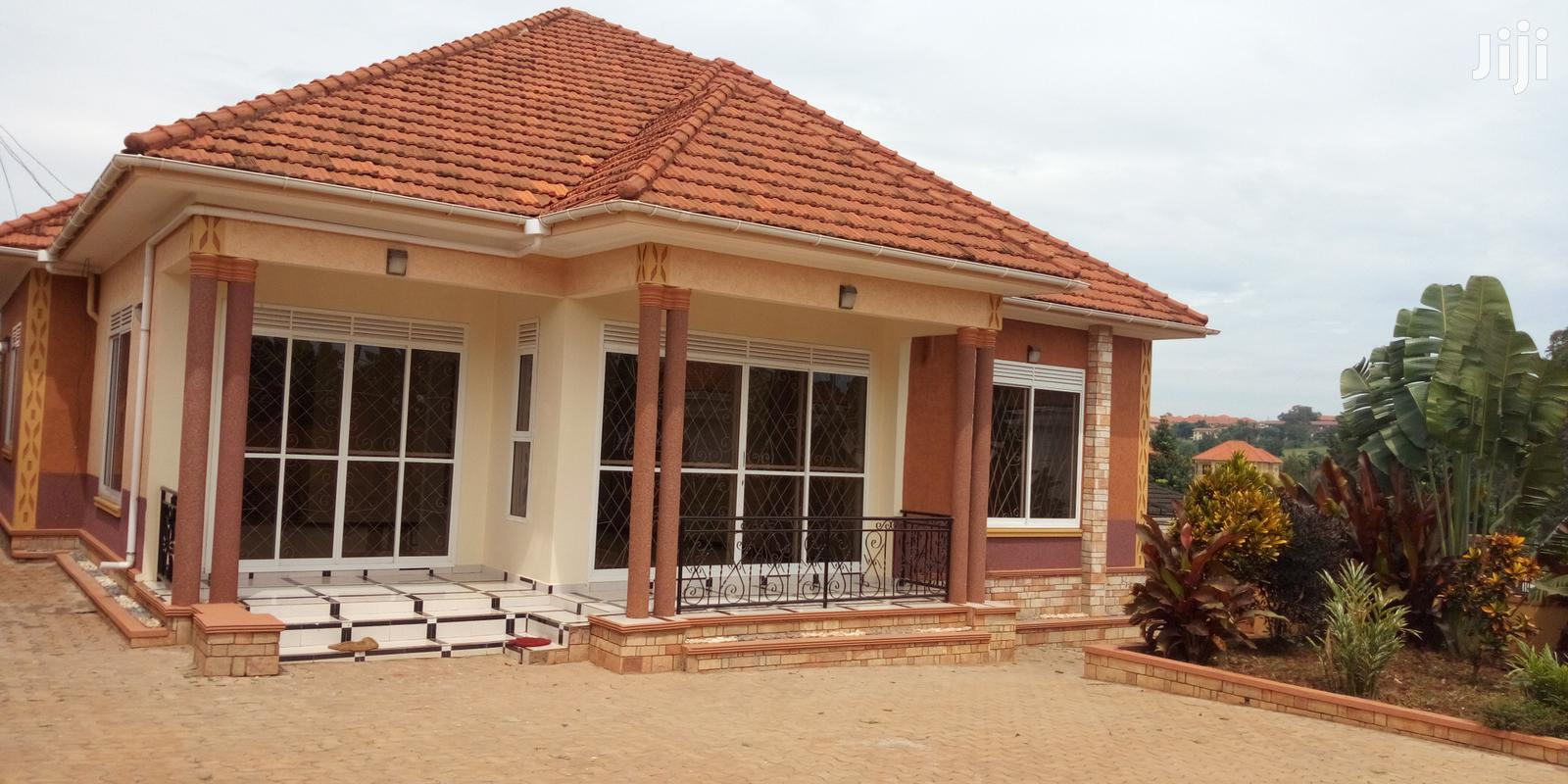4 Bedrooms Home House for Sale in Kira