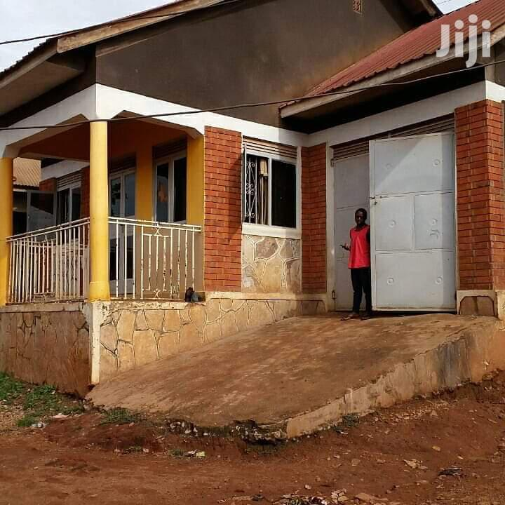 Very Specious Home On Quick Sale In Salama Munyonyo At Very Give Away | Land & Plots For Sale for sale in Kampala, Central Region, Uganda