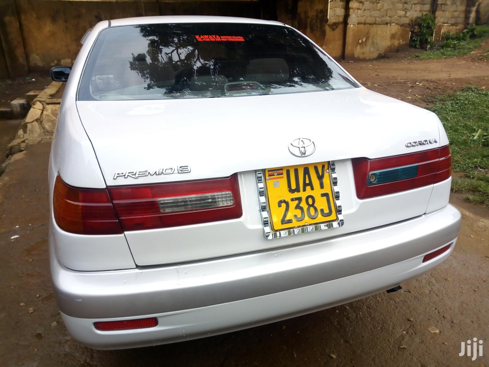 Toyota Premio 2000 Silver | Cars for sale in Kampala, Central Region, Uganda